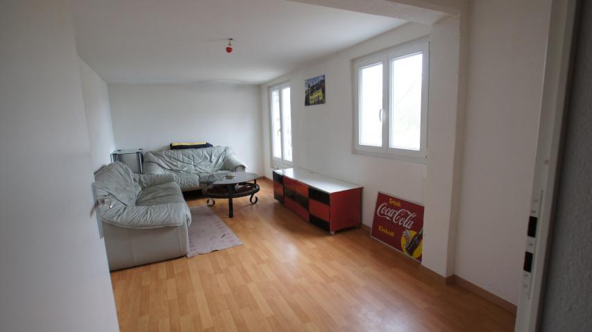 immobilien kauf verkauf haus wohnung 7 5 zimmer haus in vallamand waadt. Black Bedroom Furniture Sets. Home Design Ideas